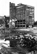 Demolition of Fairrie & Co sugar refinery Liverpool, part of Tate & Lyle - John Smith - 1980s,1984,capitalism,capitalist,deindustrialisation,Deindustrialization,demolish,DEMOLISHED,demolishing,demolition,developer,developers,DEVELOPMENT,DOWNTURN,EBF,Economic,Economic Crisis,Economy,Food