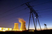 EDF Nuclear power plant at Dampierre en Burly, France at night - Pierre GLEIZES - 19-04-2007