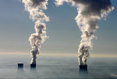 Cooling towers of the EDF Le Blayais Nuclear Power Plant, France - Laurent GRANDGUILLOT - 24-12-2007