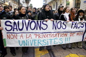 Students protest slogan Let us save our facts, No to the privatisation of our universities, Montpellier, France - Guillaume HORCAJUELO - 20-11-2007