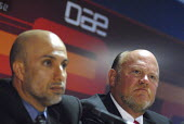 Dr Mohmmed Al Zarouni, Managing Director of DAE and Bob Johnson, the new CEO of Dubai Aerospace (from Left to right) at a press conference at Farnborough International Airshow in Hampshire, U.K. - Rogan Macdonald - 14-07-2006