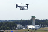 The V-22 Osprey taking off at Farnborough International Airshow in Hampshire, U.K - Rogan Macdonald - 14-07-2006