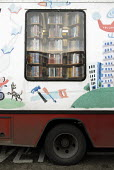 A mobile library, run by the London Borough of Lambeth in Streatham, South London. - Rogan Macdonald - 18-01-2007