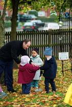 Sounds, Millpool Community Day Nursery, Birmingham - Roy Peters - 15-11-2001