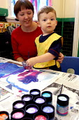 Artist in residence, Art lesson Primary school County Durham. - Roy Peters - 06-07-2004
