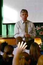 Easington Community School, County Durham - Roy Peters - 07-10-2004