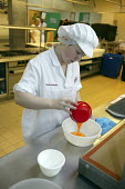 Confectioner, apprentice - seen learning her craft at UK Skills Competition, Derby College - Roy Peters - 20-01-2005