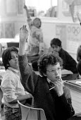 child answering question at St Augustine's Church of England School Halifax - Stefano Cagnoni - 27-09-1988