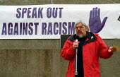 Paul Mackney General Secretary of NATFHE speaking in Trafalgar Square at a demonstration in support of the rights of asylum seekers organised by the National Assembly Against Racism - Stefano Cagnoni - 24-03-2001