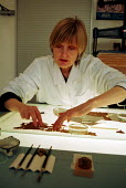 Bridget Leach, the only Papyrus Conservator in the British Museum, and a leading expert in the country, whose post is threatened by a shortfall in funding - Stefano Cagnoni - 01-05-2002