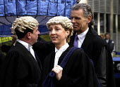 Bewigged barristers and solicitors join the Lord Mayors' Parade - Stefano Cagnoni - 10-11-2002