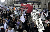 NUJ banner joins protestors marching through London against the war in Iraq - Stefano Cagnoni - 22-03-2003