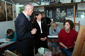 David Bell, Her Majesty's Chief Inspector of Schools, with Headteacher Anne Canning, talking to Grace Loncraine, a pupil at Camden School for Girls, listed by Ofsted as one of a number of schools insp... - Stefano Cagnoni - 07-12-2005