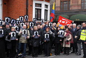 RMT members join other British trade union members picketing the Columbian Embassy in protest at the deaths of 84 Columbian trade union members in 2006 - Stefano Cagnoni - 20-03-2007