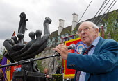 Jack Jones speaking at the annual memorial service held on the Southbank for the men & women who fought with the International Brigade during the Spanish Civil War. - Stefano Cagnoni - 21-07-2007