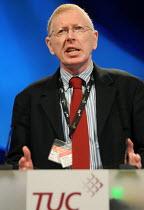 Jonathan Baume FDA speaking at the 2010 Trades Union Congress - Stefano Cagnoni - 13-09-2010