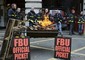Firefighters on the picket line at Farringdon Fire Station, on the second of their one day strikes against the threat of compulsory sacking for refusing to accept changes in their working conditions i... - Stefano Cagnoni - 01-11-2010