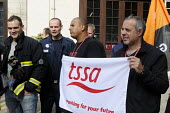 TSSA members show their support for striking firefighters on the picket line at Euston firestation during the FBU national short four hour strike against plans to change their firefighter members' pen... - Stefano Cagnoni - 25-09-2013