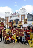 Staff at The Ritzy Cinema in Brixton stage a 24 hour strike in support of their claim to be paid the London Living Wage. On zero hour contracts, they are currently paid less than the living wage hourl... - Stefano Cagnoni - 2010s,2014,BECTU,cinema,claim,dispute,DISPUTES,EARNINGS,EQUALITY,female,film,FLAG,flags,Income,INCOMES,INDUSTRIAL DISPUTE,industrial relations,inequality,living wage,London,low pay,Low Income,low paid