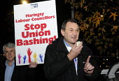 Kevin Courteney, Dep Gen Sec of the NUT, speaking at protest lobby held at Haringey Council in support of victimised NUT rep, Julie Davies. - Stefano Cagnoni - 24-11-2014