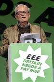 TUC Britain Needs A Pay Rise national demonstration and rally, 2014, London. Harry Smith Harry Smith (a 91-year-old WWII veteran and author of Harry Last Stand) speaking. - Stefano Cagnoni - 18-10-2014
