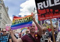 Pride in London Parade, 2015 - Stefano Cagnoni - Trade Union,2010s,2015,ACE,activist,activists,against,CAMPAIGN,campaigner,campaigners,CAMPAIGNING,CAMPAIGNS,CELEBRATE,CELEBRATING,celebration,celebrations,color,colorful,colorfull,colors,colour,colour
