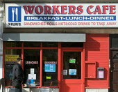 Workers Cafe, Holloway, North London. - Stefano Cagnoni - 2010s,2015,BREAK,breakfast,business,cafe,cafes,catering,cities,city,dinner,dinners,DINNERTIME,EBF,Economic,Economy,lunch,LUNCH BREAK,LUNCHBREAK,LUNCHTIME,MEAL,MEALS,outlet,outlets,people,restaurant,re