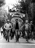 Miners from Kent start on their long march to Nottingham to call on their NUM colleagues for support for a national strike against proposed pit closures - Stefano Cagnoni - 04-04-1984
