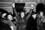 Defiant to the end - Scottish miners lobbying a special NUM Executive meeting display their anger on learning that the year long NUM strike is to be called off - Stefano Cagnoni - 03-03-1985