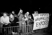 Print workers sacked by Rupert Murdoch are joined by their families on the picket lines outside the News International plant at Wapping - Stefano Cagnoni - 04-02-1986