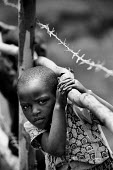 Refugee child from the D.R Congo, Kiziba camp, Kibuye, Rwanda 2003 - Steven Langdon - 03-08-2003