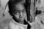 Burundi refugee child in a camp in Rwanda, 2003 - Steven Langdon - 03-08-2003