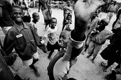 Congolese children in the refugee camp near Kibuye play together. Rwanda, 2003 - Steven Langdon - 03-08-2003