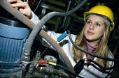 Woman chemical engineer at University of Surrey on release from her job to upgrade her qualifications - Janina Struk - 30-10-2000