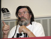 Actor and author Ricky Tomlinson speaking about the Shrewsbury Pickets campaign at a fringe meeting at CWU annual conference in Liverpool. - Janina Struk - 07-06-2008