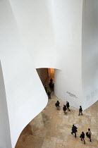 Guggenheim Museum, Bilbao, Spain. - Janina Struk - 28-12-2010