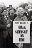 Protest in support of the Shrewsbury Two, Ricky Tomlinson and Des Warren, jailed for conspiracy. Lobby of Parliament - John Sturrock - 1970s,1975,activist,activists,CAMPAIGN,campaigner,campaigners,CAMPAIGNING,CAMPAIGNS,DEMONSTRATING,DEMONSTRATION,DEMONSTRATIONS,Des,eric,Lobby,member,member members,members,Parliament,people,Protest,PR