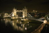 Tower Bridge seen at night from City Hall - John Sturrock - 20-11-2006