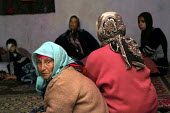 A Palestinian family mourn the loss of an eight year old girl who died when an Israeli rocket hit and destroyed their home. Behit Laya, Gaza 2006 - Thomas Morley - 23-04-2006