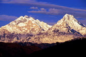Annapurna massif in the Himalaya mountains. NepalAnnapurna Conservation Area Project - Howard Davies - 03-08-1997