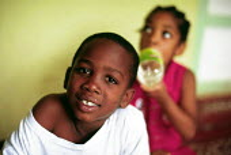 Jamaican children playing at Mavis Bank, in Blue Mountains. - Howard Davies - 03-08-1997