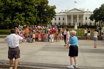 American children on school visit to White House, Washington DC, USA 2006 - Howard Davies - 25-05-2006