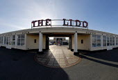 The Lido on Worthing sea front, Sussex, UK 2008 - Howard Davies - 2000s,2008,ACE,architecture,Ayers,building,buildings,COAST,coastal,coasts,culture,entertainment,front,Grade,Grade two listed,holiday,holidays,II,Leisure,LFL Leisure,Lido,listed,OCEAN,RECREATION,RECREA