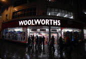 Woolworths store in the main shopping street in Brighton. - Howard Davies - 2000s,2008,bought,buy,buyer,buyers,buying,commodities,commodity,consumer,consumers,Credit Crunch,customer,customers,DOWNTURN,EBF Economy,economic,economy,evening,finance,financial,goods,High Street,ni