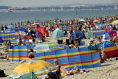 Holidaymakers crowd onto West Wittering beach, Sussex, UK 2009 - Howard Davies - 09-08-2009