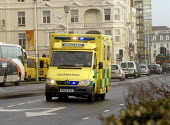 An ambulance on its way to an emergency call. Brighton, UK 2007 - Howard Davies - 18-01-2007