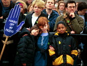 Children on a protest against the detention and treatment of asylum seekers, London. - Howard Davies - 05-10-2001