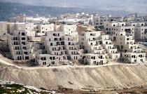 Pisgat Zeev an Israeli settlement, being built upon the Palestinian West Bank. - Howard Davies - 01-07-2003