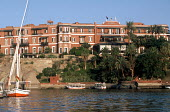 Feluccas on the River Nile, below the Old Cataract Hotel. - Howard Davies - 14-10-2005