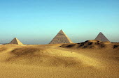 View of the Pyramids of Giza near Cairo, Egypt 2005 - Howard Davies - 14-10-2005